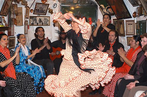 Authentischer Zigeuner-Tanz